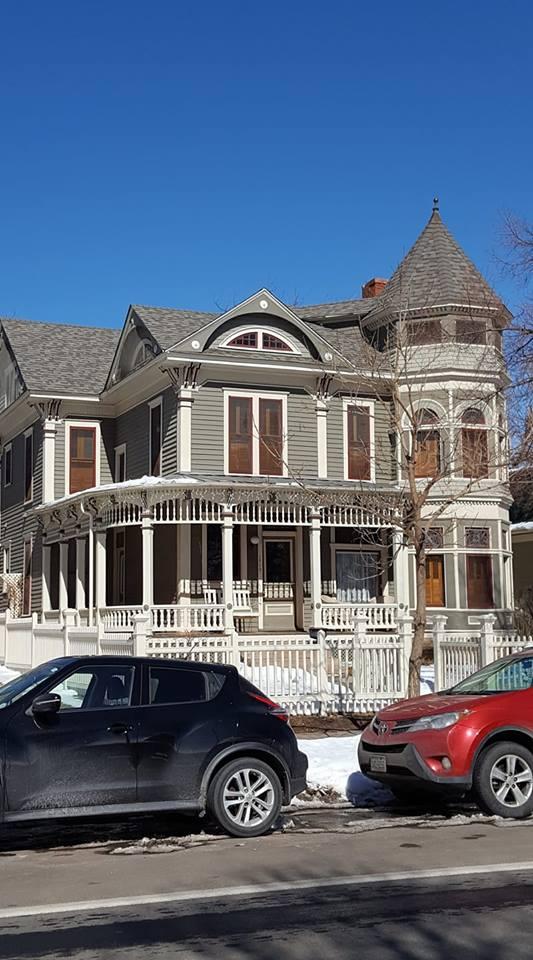 The Mork and Mindy House! NaNuNaNu!