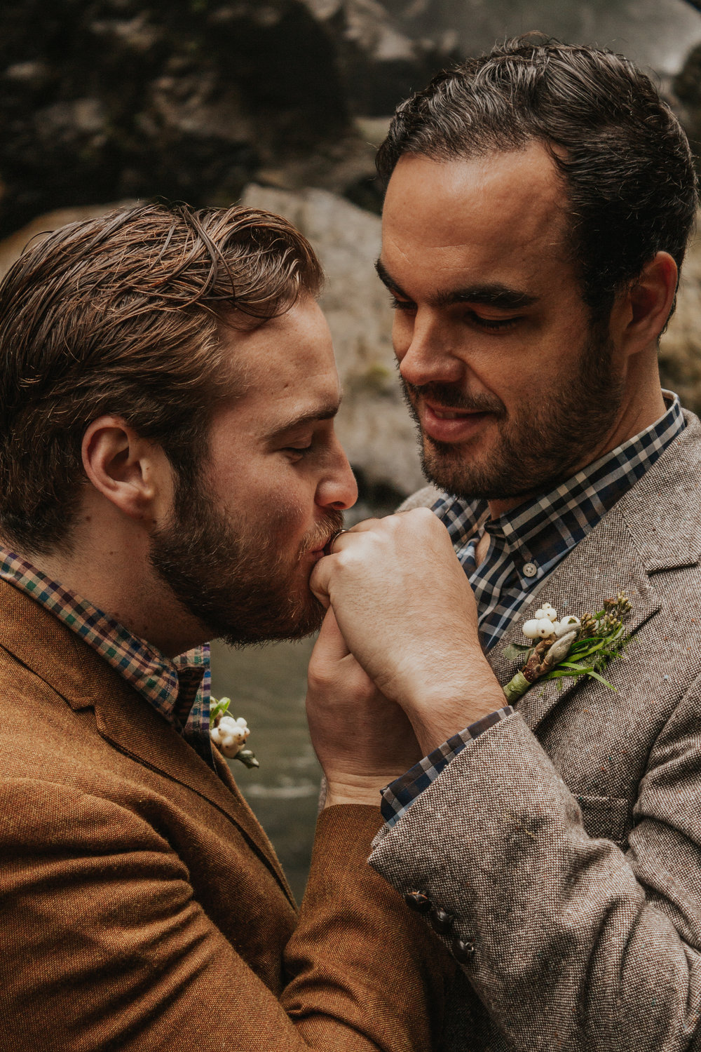 Oregon Forest Elopement Same Sex Kiss