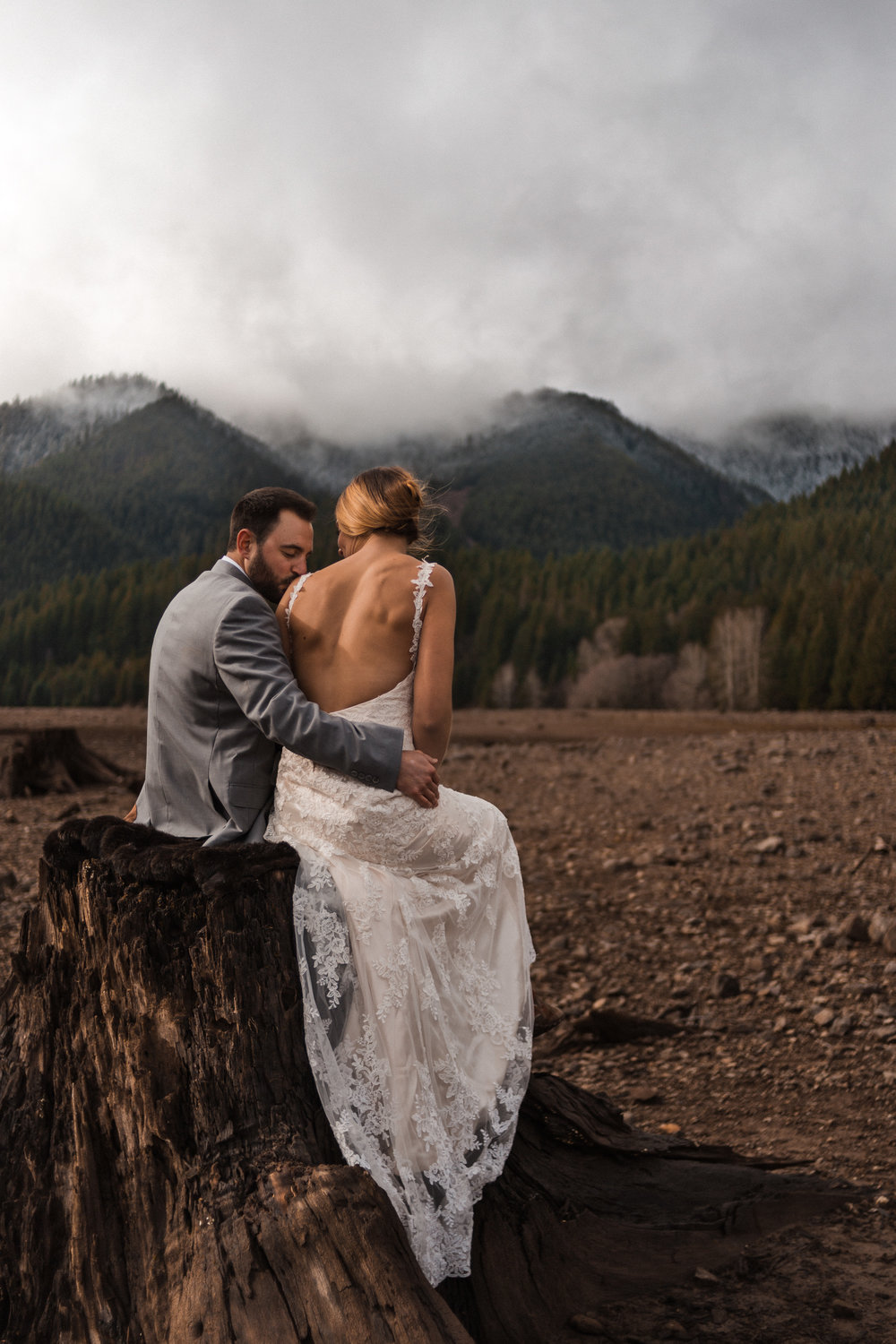 Oregon-Forest-Elopement-Portland-Wedding-Photographer