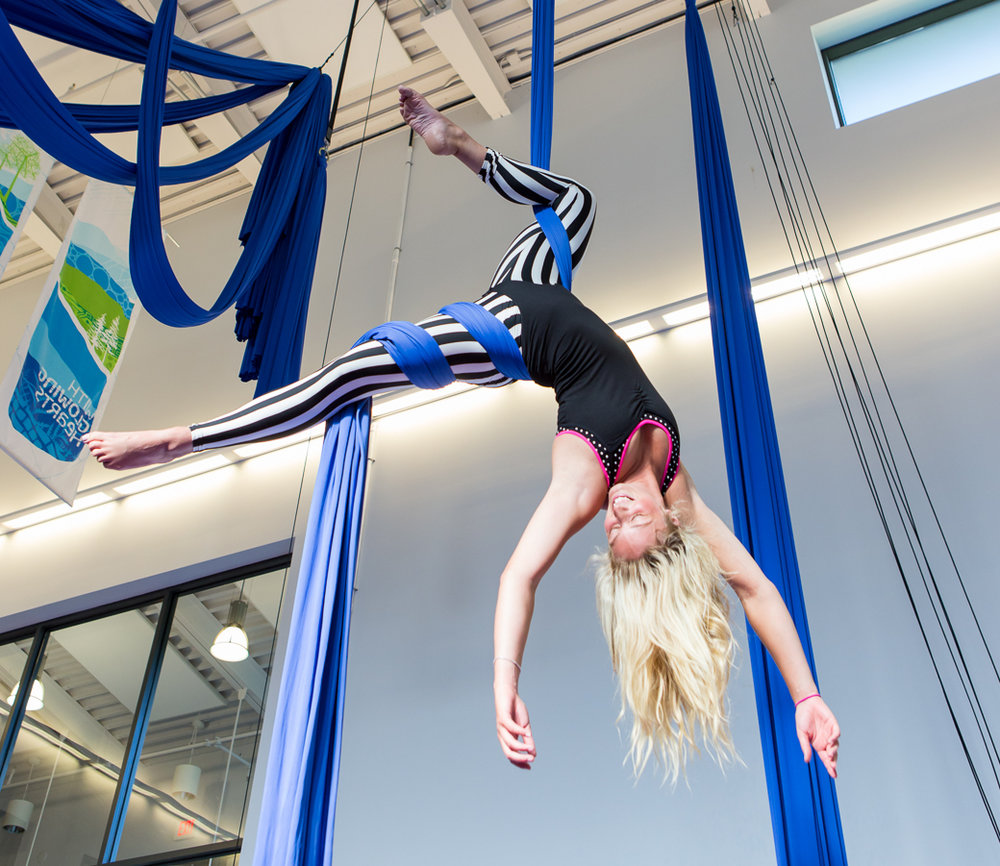 Adult Improver - Beginner level 1 & 2 pre-requisite OR have at least 3 months aerial experience. This class is a variety of levels working out of the knot on tricks, drops, conditioning and choreography. Class is catered to the level of participants that sign up and usually divided between a more advanced group and an improving group.Cost 6 Week Session: $129 + GST(1 time annual $20 membership fee required)