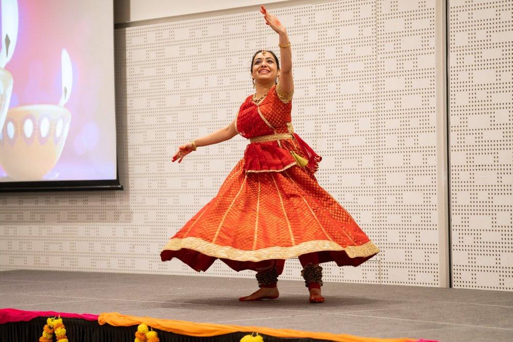 Kathak dance.jpg