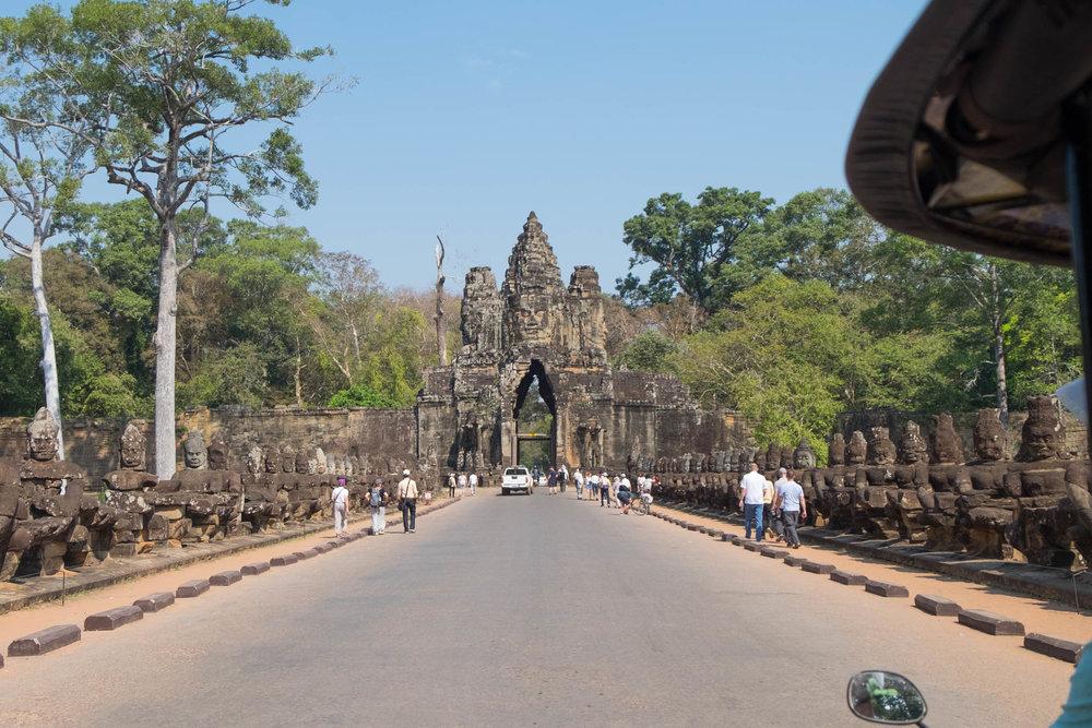 Angkor-1-2.jpg