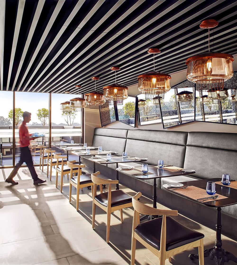 CMS_Restaurantshot1_14986Main copy.jpg