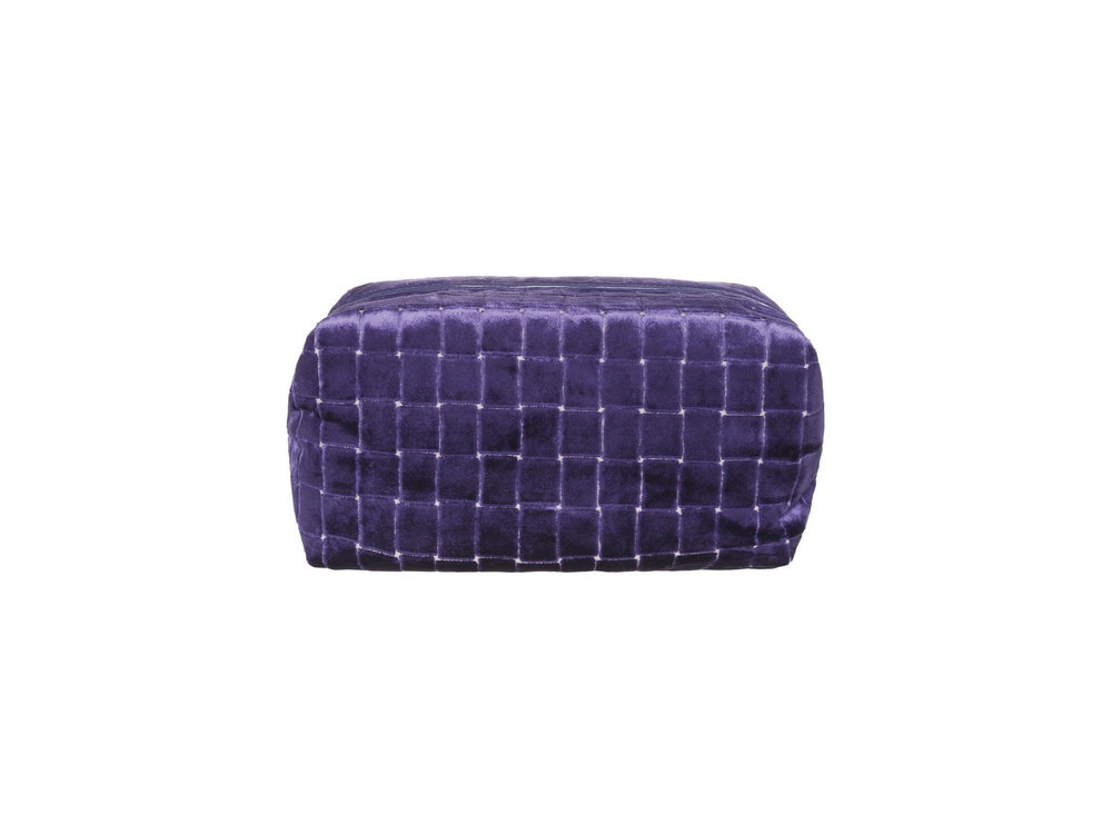 Leighton Violet Medium Washbag