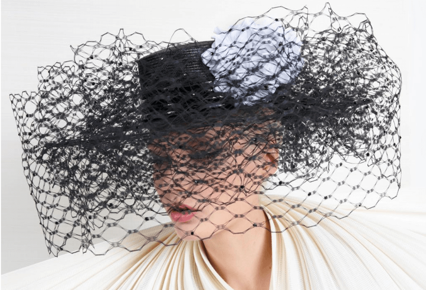 Black net hat