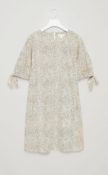 Dress with kimono sleeves