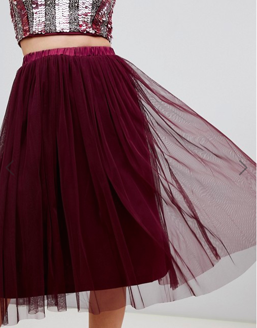 Lace & Beads berry skirt