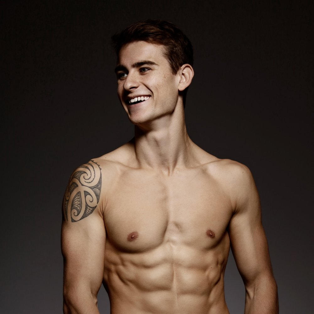 Henrythenewman_topless.jpg