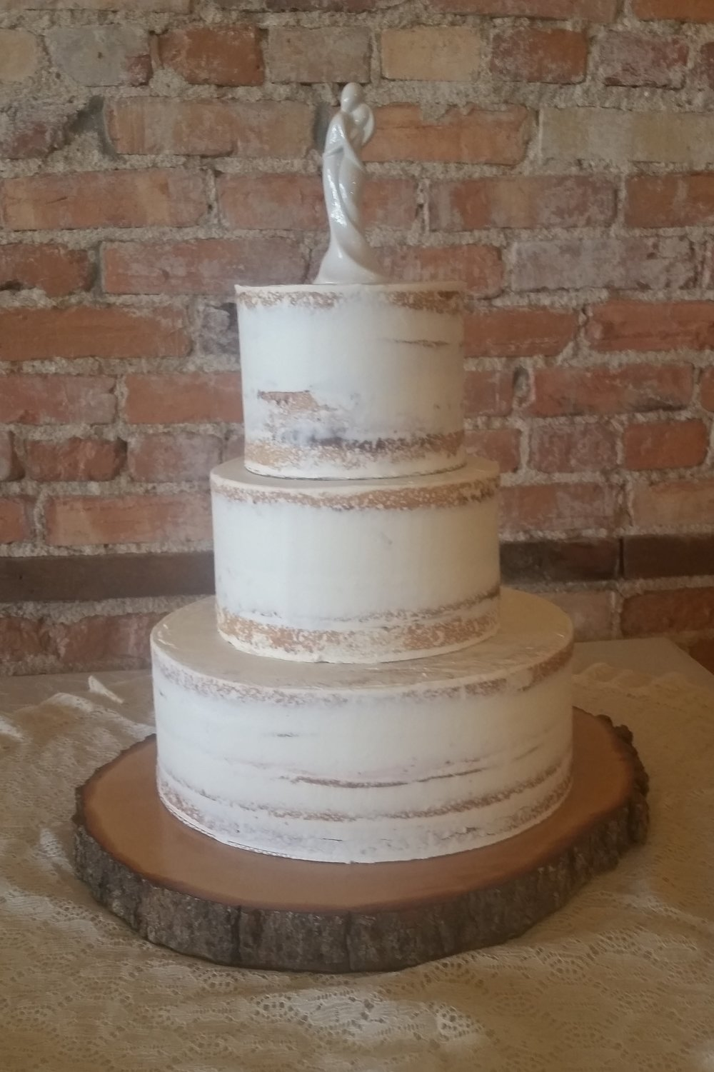 Smooth Naked Cake