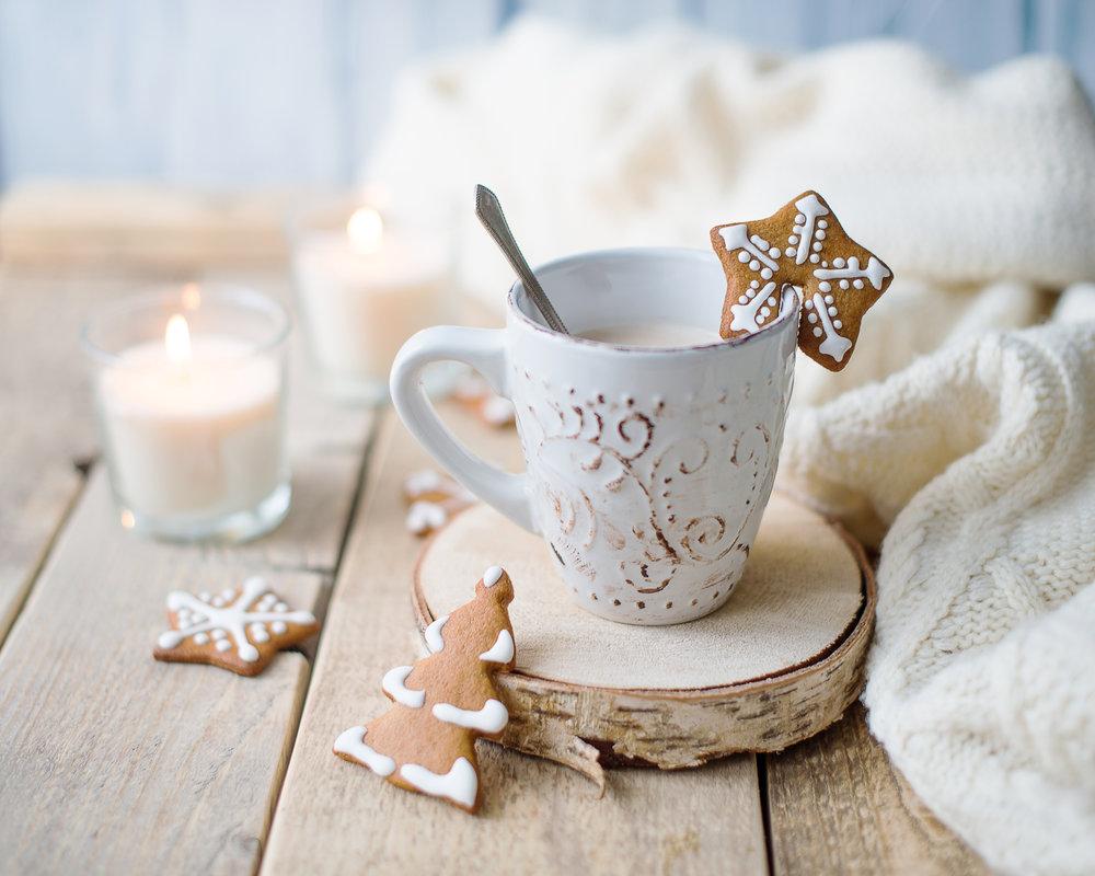 DECEMBER-mug-cookies-christmas.jpeg