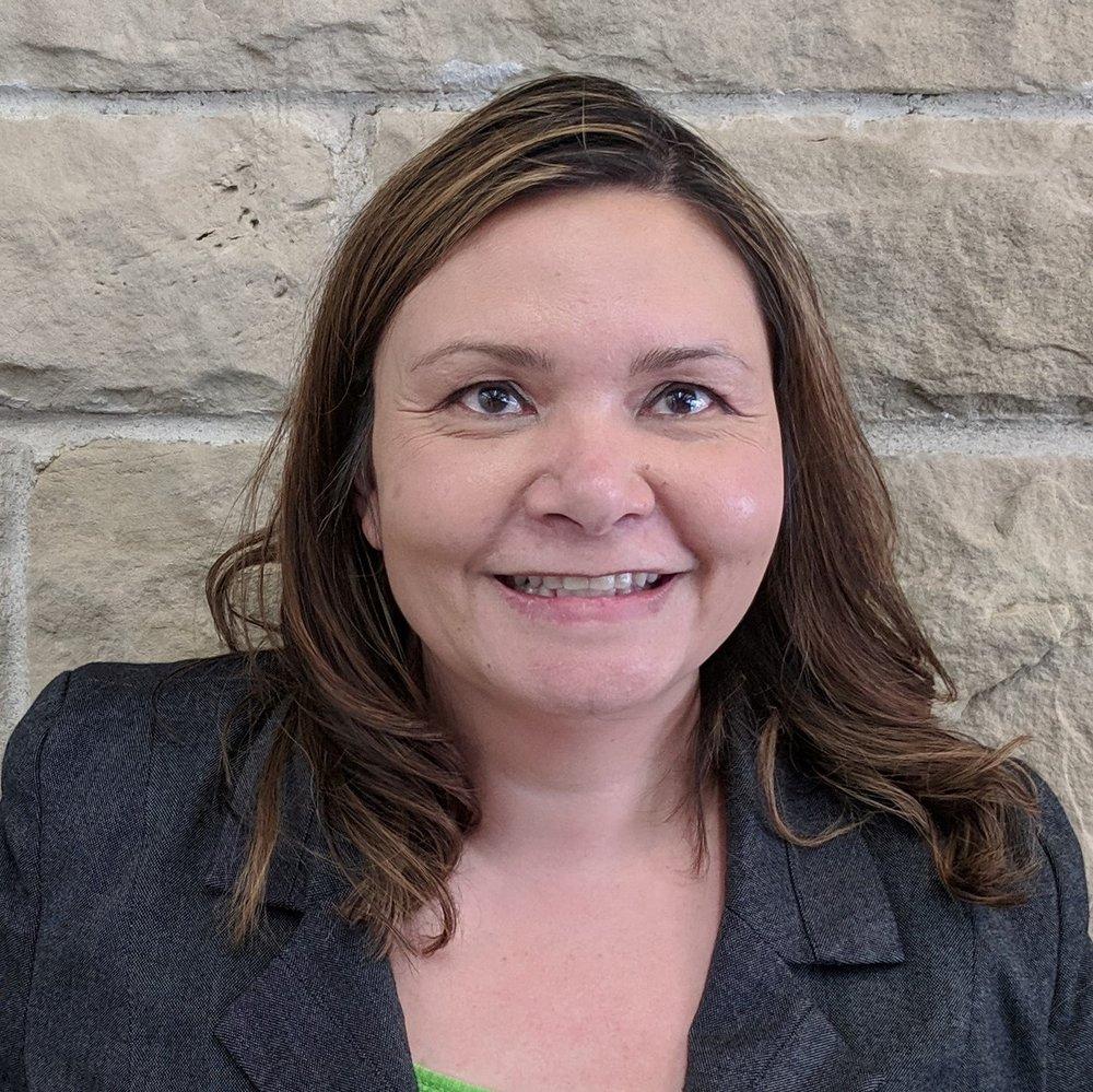 Roslyn DeMerchant (Full Stack Developer )