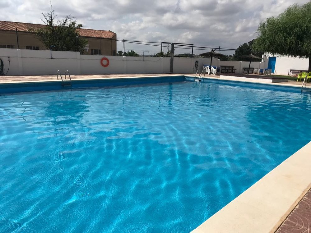 La piscina de mi pueblo.