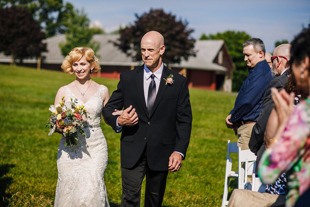 brielle-davis-events-photography-by-brea-linganore-winery-james-sarah-wedding-ceremony-bride-and-father-entering.jpg