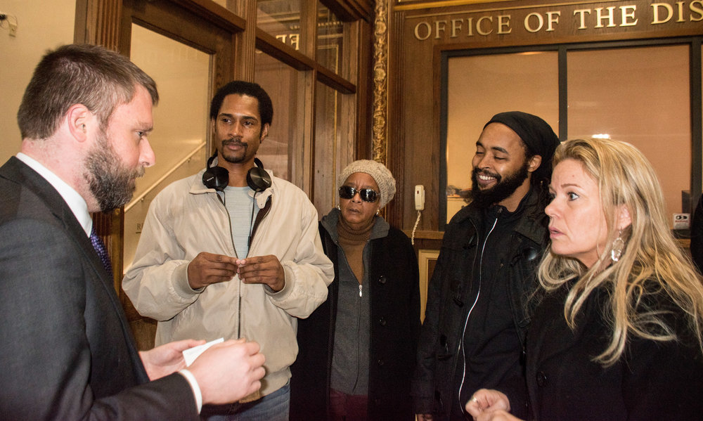 Jan 7, 2019  Thousands of Mumia Abu-Jamal Petitions delivered to DA Krasner   L to R: Ben Waxman, Mike Africa Jr, Linda Ragin, Wayne Cook, Sandy Joy