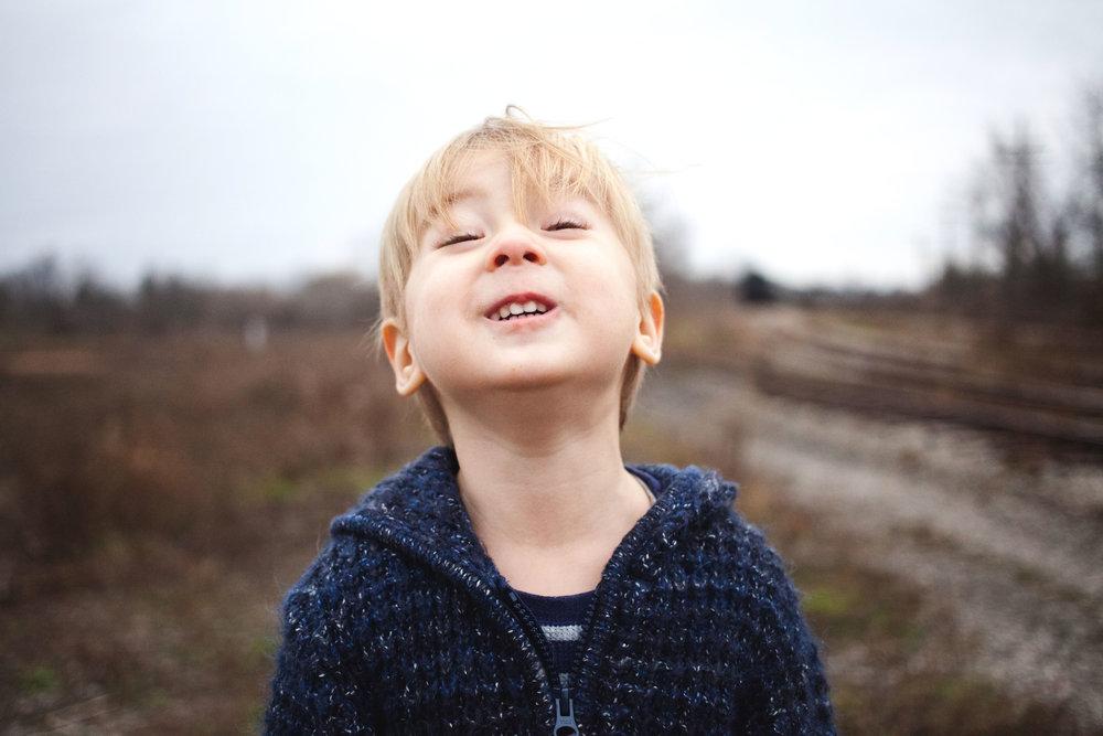 preschooler-boy-three-year-old-birthday-photos-caledonia-train-station.jpg