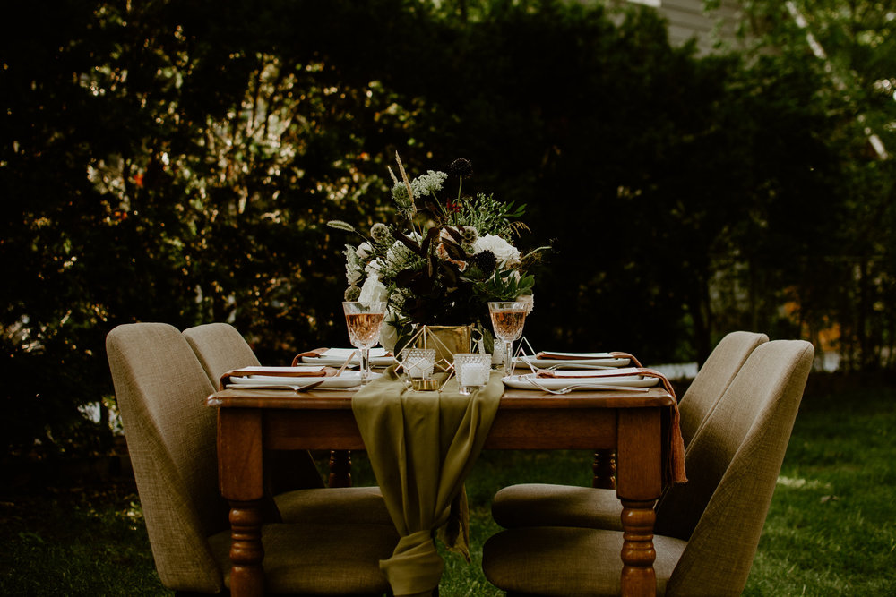 chartreuse-runner-tablescape-side-view.jpg
