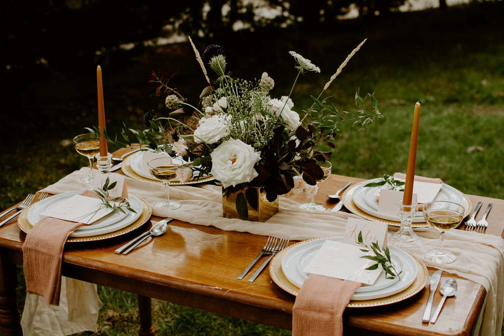 tablescape-blush-table-runner.jpg