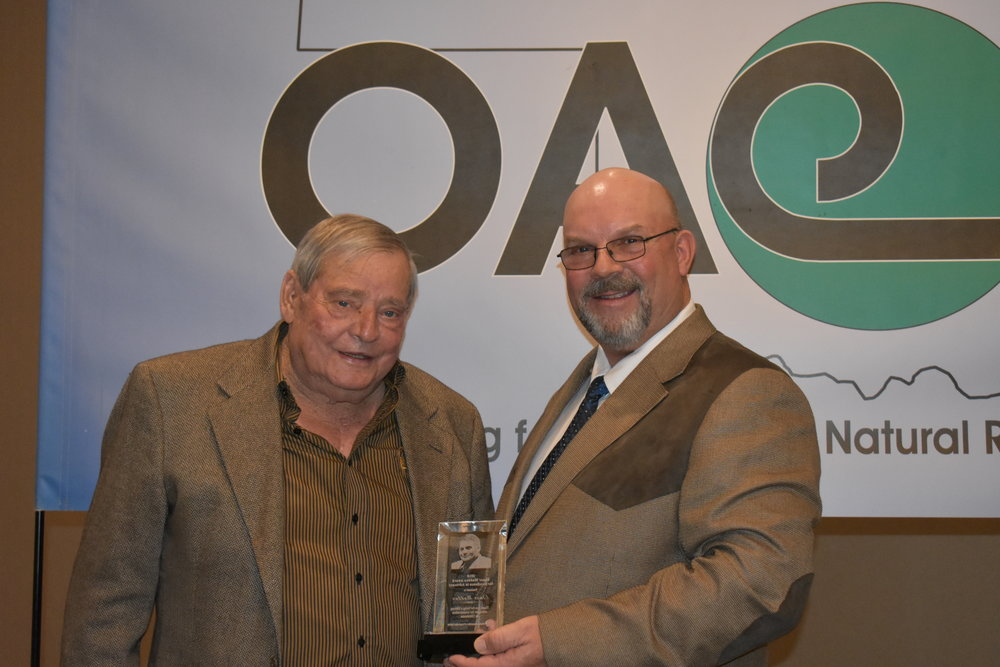 Elmer Maddux and OACD President Jimmy Emmons
