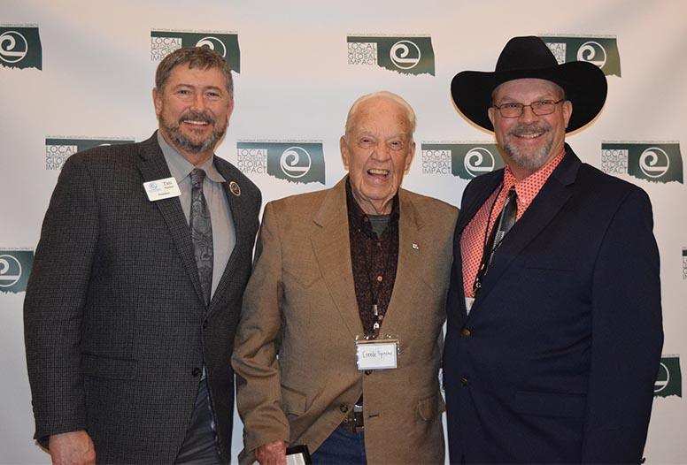 Tim Palmer, National Association of Conservation District President, presented Arbuckle Conservation District Director Creede Speake with the NACD Distinguished Service Award. Speake was also inducted into the Oklahoma Conservation Hall of Fame.