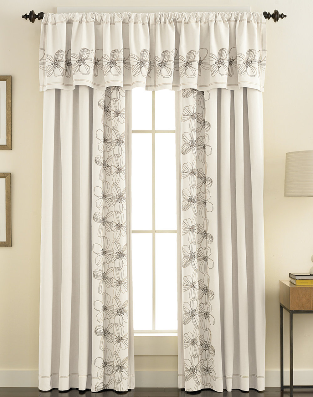 artisan drapery / valances  / curtains    From a sweeping grand statement to every subtle detail,  Artisan custom fabric window treatments are designed to accentuate the windows and furnishings in your home — and to impress your guests.