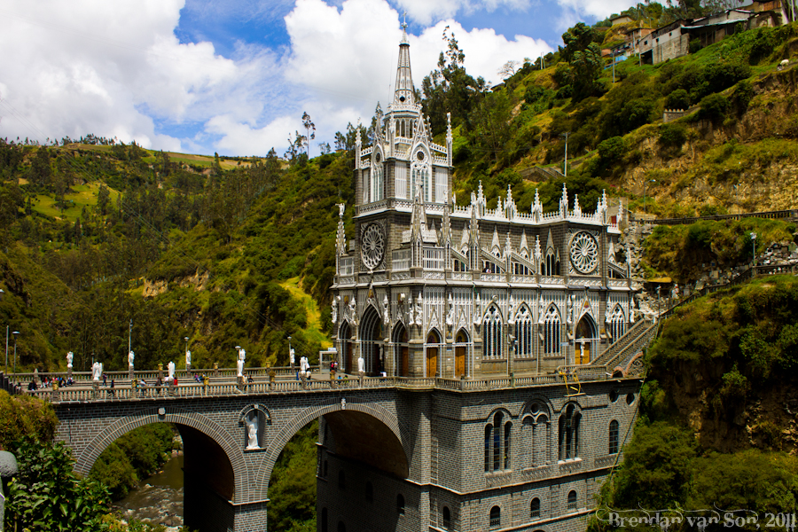 Las-Lajas-Church-3.jpg
