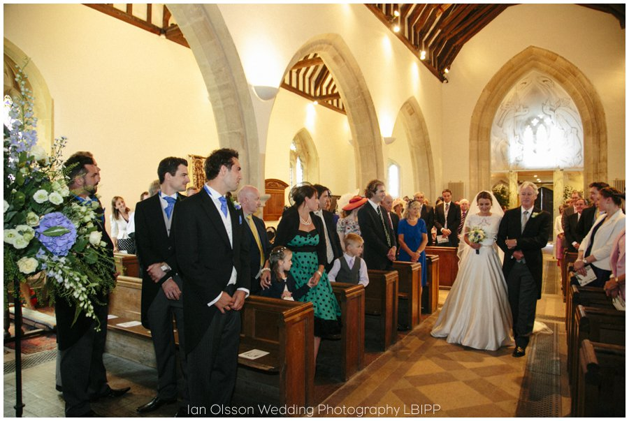 Emily and Ed's wedding at St Nicolas Church in Islip Oxford 11