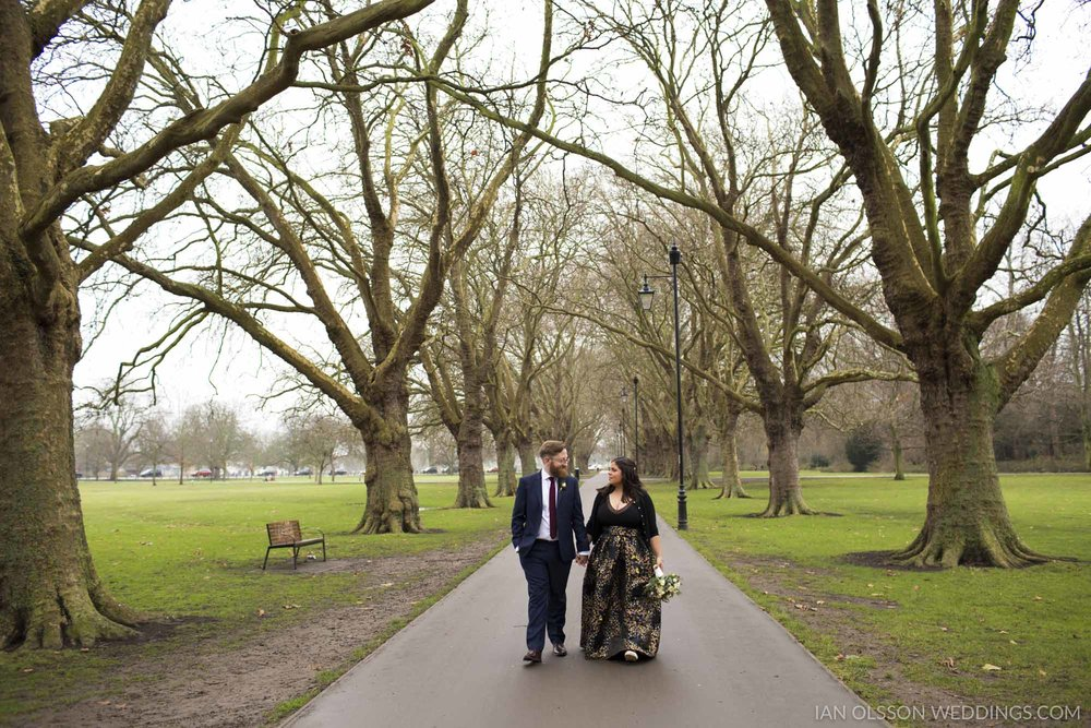 Winter Wedding Portraits Jesus Green Cambridge 1779-056