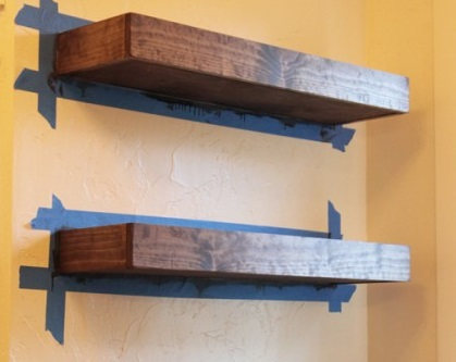 DIY-Floating-Shelves-Tutorial-500x750