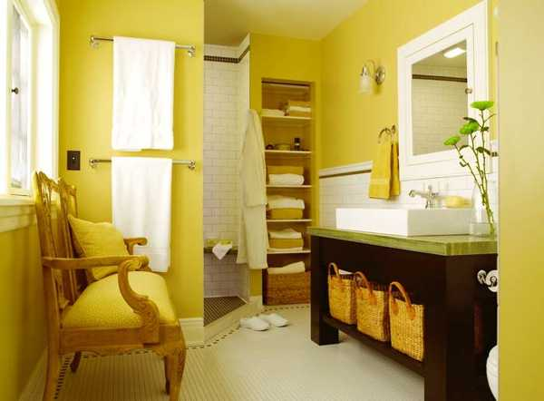 bathroom-decorating-ideas-yellow-color-paint-tiles-22