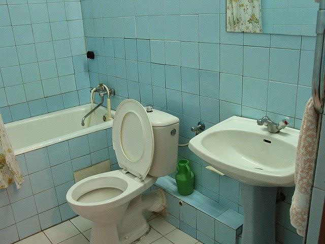 Old-Bathroom