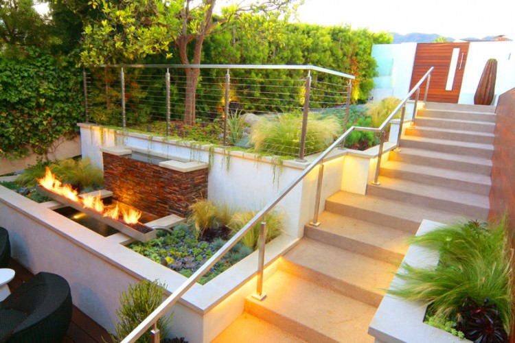 backyard-garden-design-with-lighting-ideas-with-steel-fence