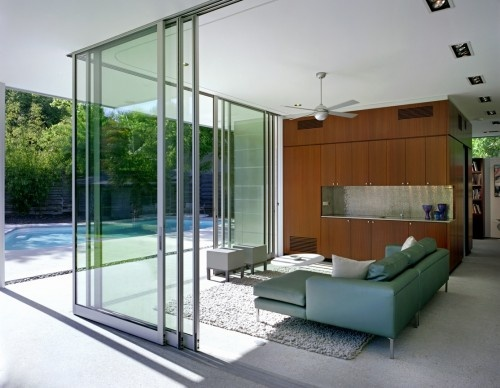 glass walls retractable