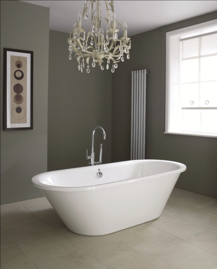 tub with lighting