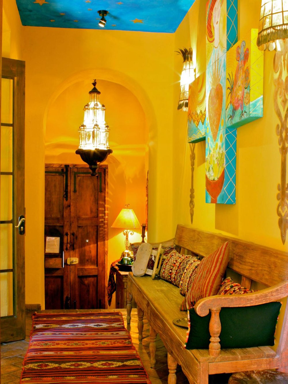 entry mex decor & Spanish Style Interior Decorating Tips from the Pros | SPAZIO LA