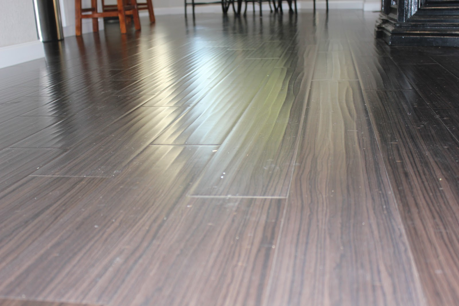 Best-dark-laminate-floor-cleaner