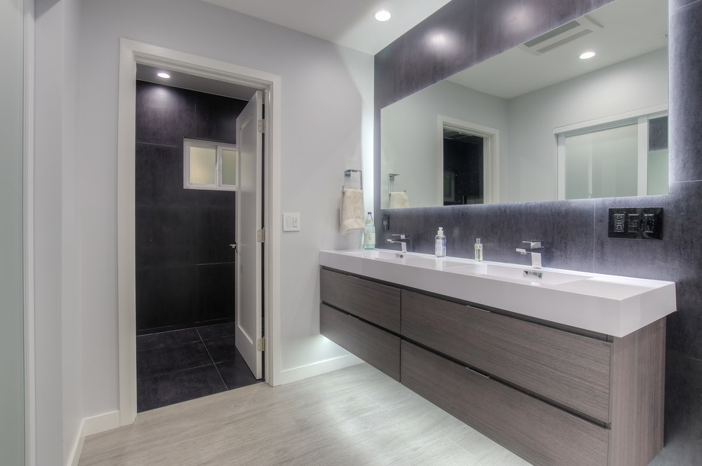 Valley Glen master bathroom remodel