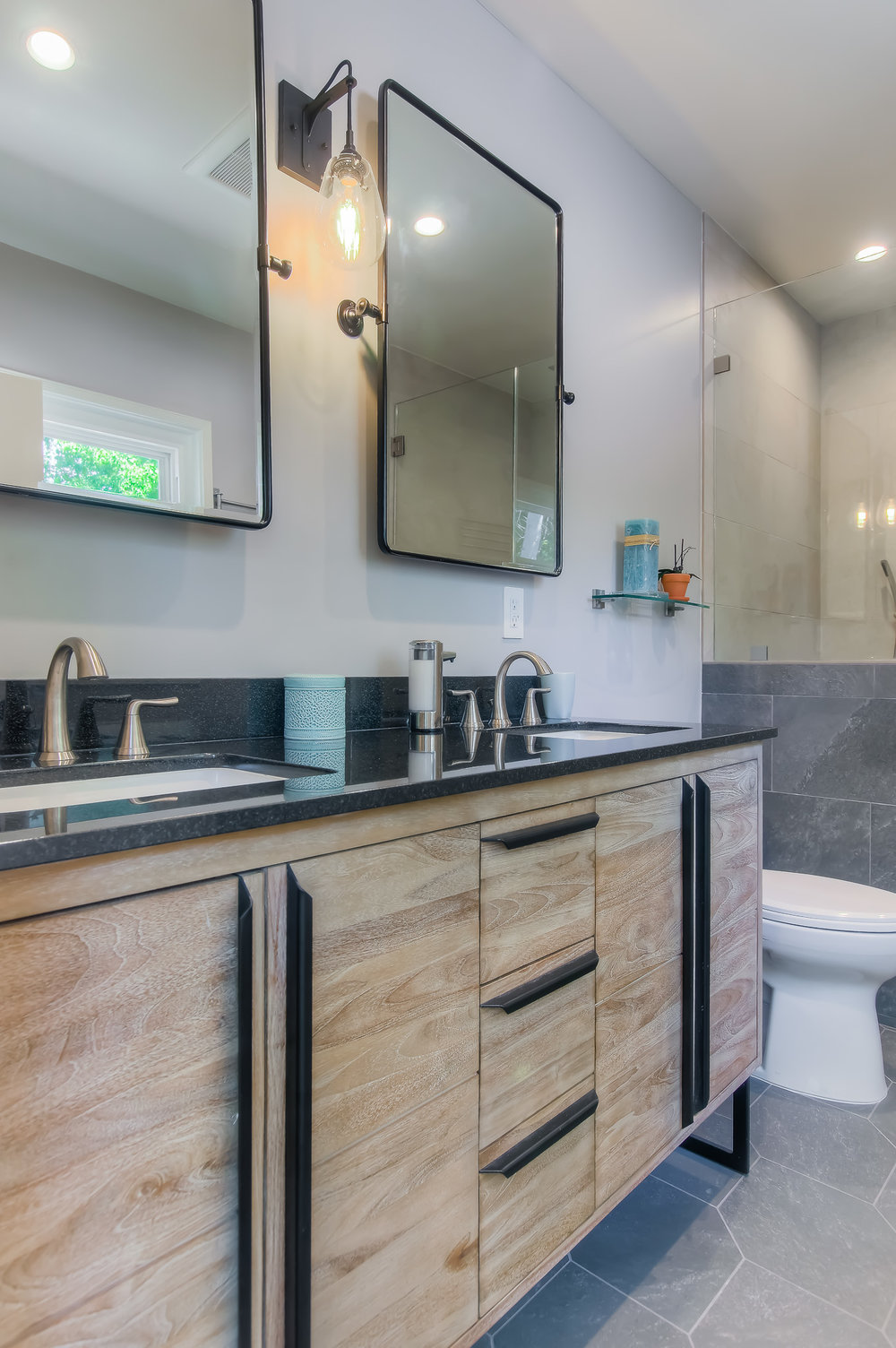glendale_bathroom_remodel.jpg