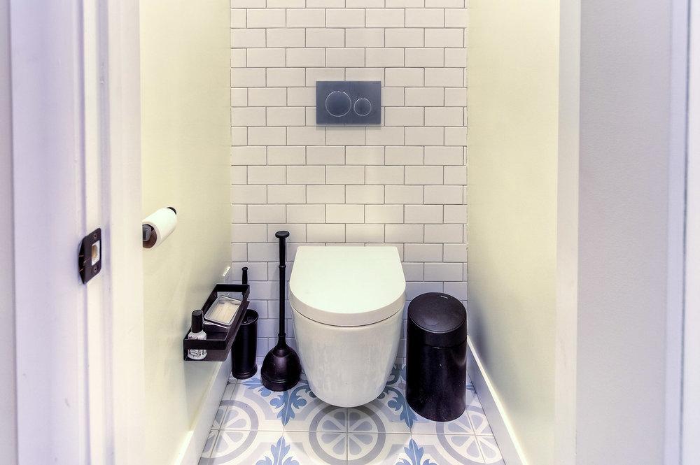 Valley Village Bathroom Remodel 10 small.jpg