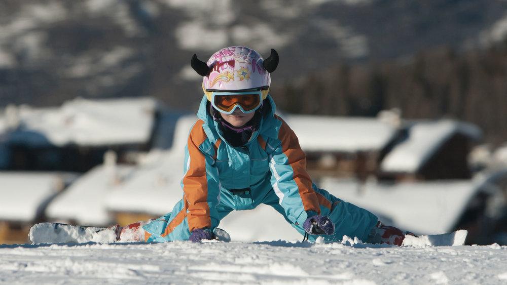 rr-skiier-falling.jpg