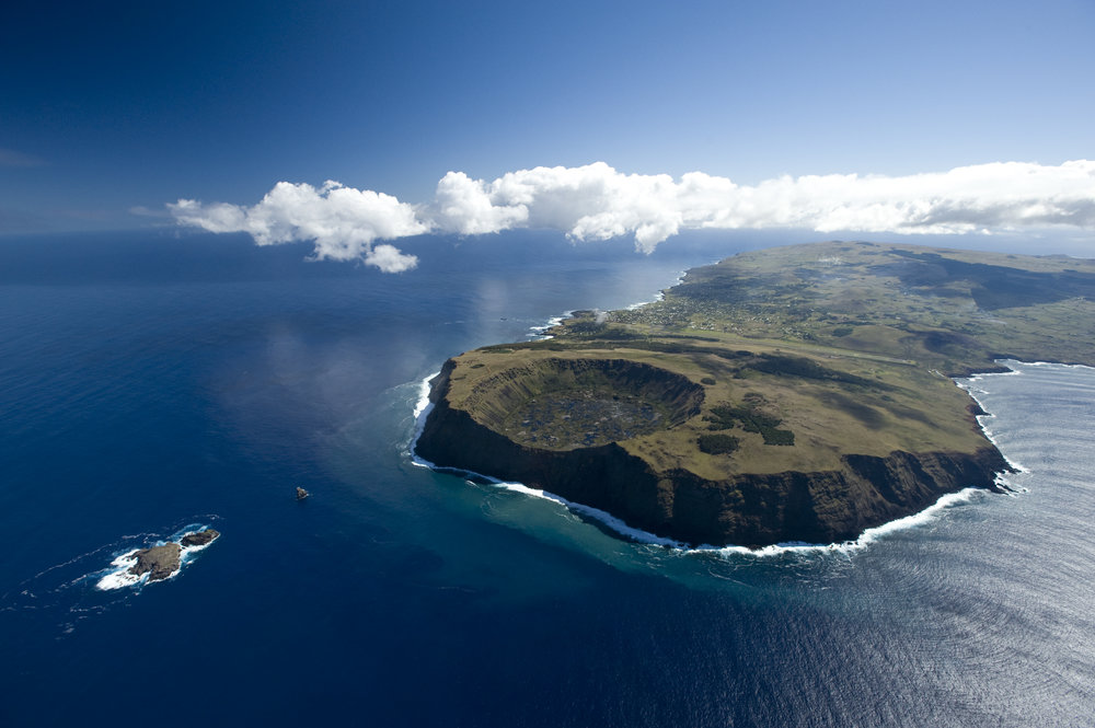 Also known as Rapa Nui, Easter Island is a volcanic island in Polynesia, laying in solitude in the middle of the Pacific Ocean. World famous for its hundreds of mysterious statues, Easter Island holds the remnants of a long-gone civilization & is a fascinating destination for anyone wishing to unravel its cosmology & enigmatic history. -