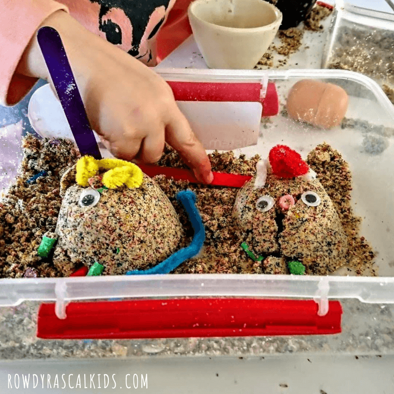 Invitation to create sand monsters