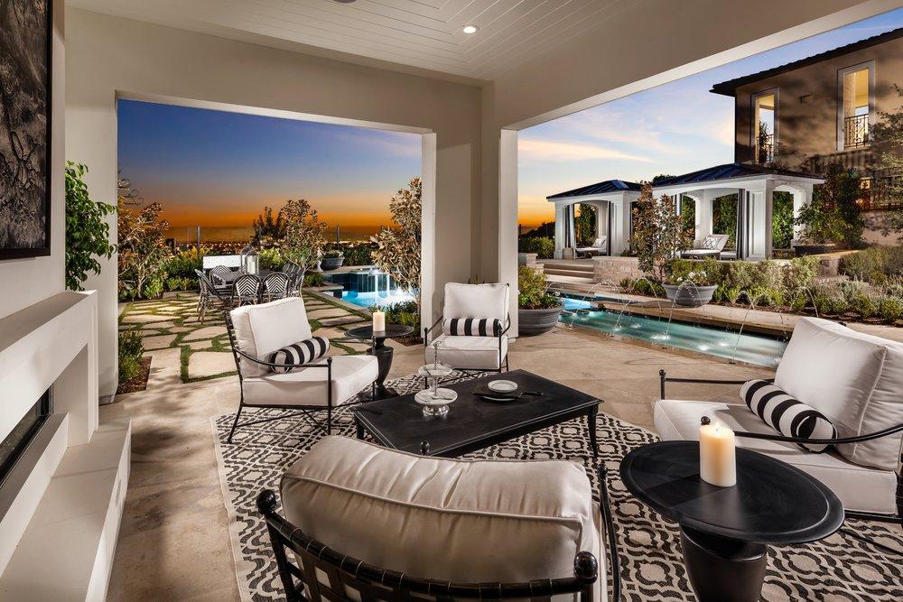 2-Estrella-Altamira_Outdoor Room to View.jpg
