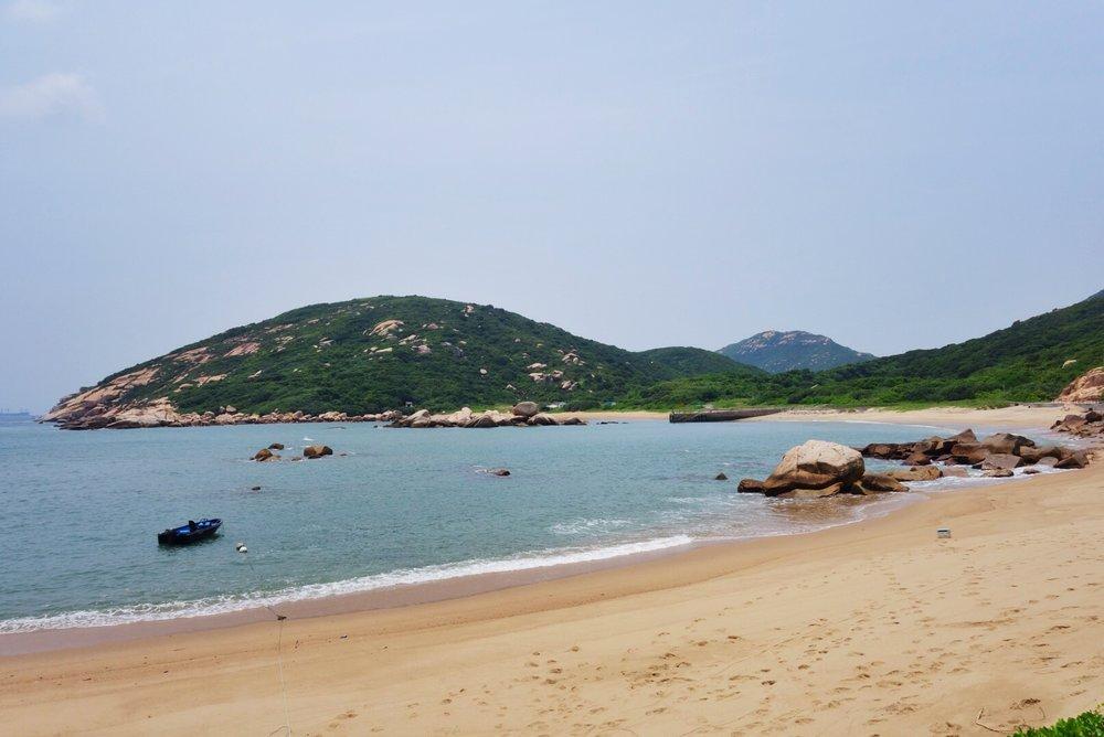 lamma island beach.jpg