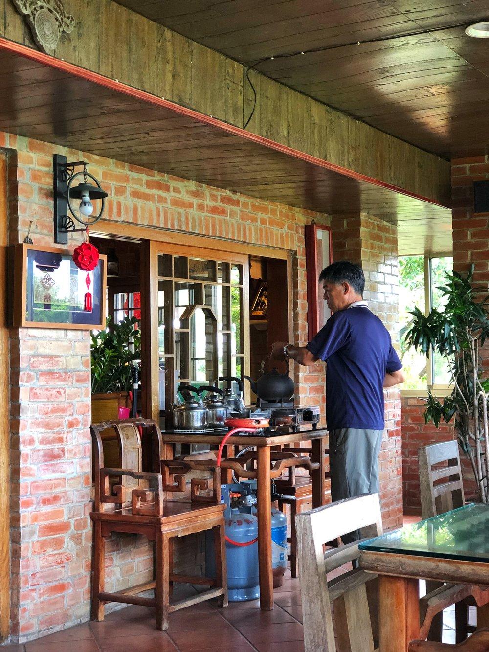 redwood tea house maokong