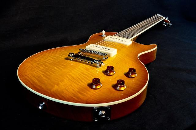Torzal_Guitars_Guitars_Content_1_640.jpg