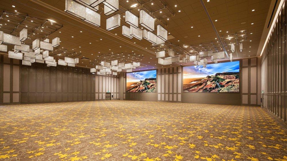 lgbfp-ballroom-empty-1059-hor-wide.jpg