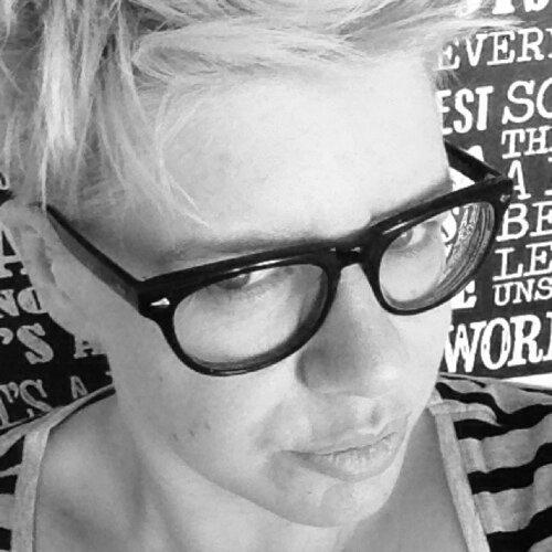Caroline Beavon profile picture.jpeg