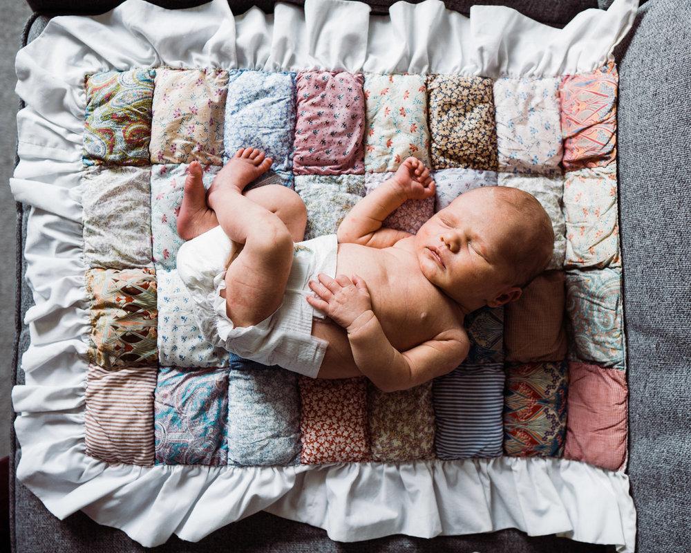 Newborn lifestyle-61.jpg