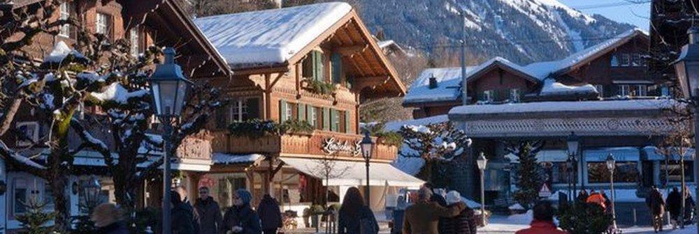 gstaad_promenade_winter.jpg.1340x450_default.jpg
