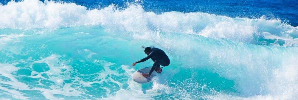 esportes-em-floripa-surfe.jpg.1340x450_default.jpg